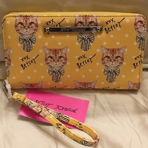NWT Betsey Johnson Cat With Bow Mustard Wallet